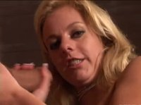 Chubby blonde knows hot to work a hard one