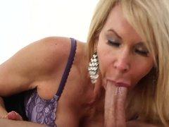 Milf sluts gets her face covered in cum